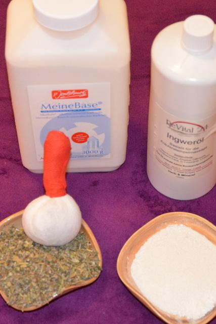 Pomůcky pro zásaditou masáž těla